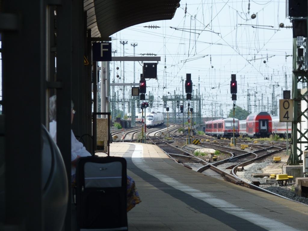 Gleise und Bahnsteig Frankfurt/Main